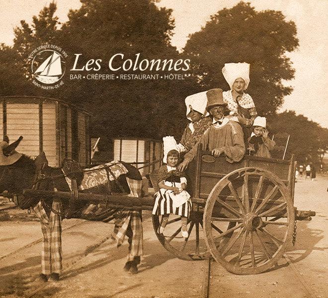 Depuis 1905 Les Colonnes au au port de Saint-Martin-de-Ré à l'Hôtel** Restaurant Crêperie Bar Les Colonnes sur Ile de Ré